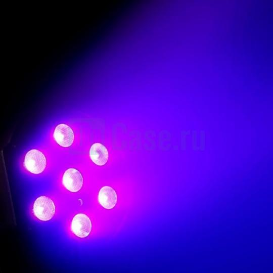 Cameo FLAT PAR CAN 7X3W UV WH